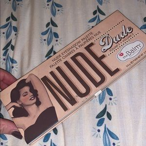 Nude Dude eyeshadow pallet